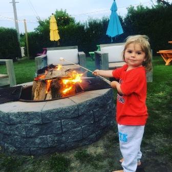 Roasting marshmallows @HavenMontauk